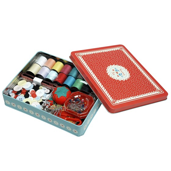 VINTAGE DOILY DELUXE SEWING KIT