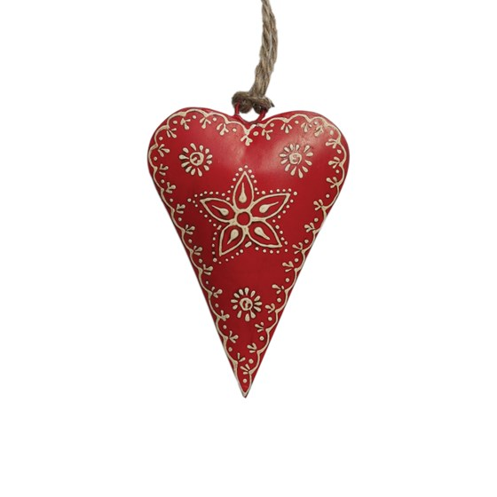 SMALL RED RUSTIC FLOWER HEART