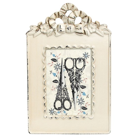 heritage ornate cream picture frame